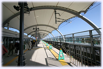 仙台空港駅のホーム