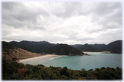 高台から見下ろす高浜と頓泊