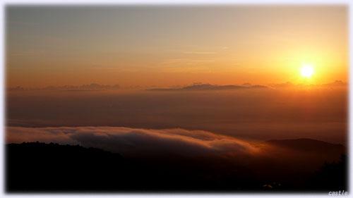 磐梯吾妻スカイラインから眺めた雲海と朝陽